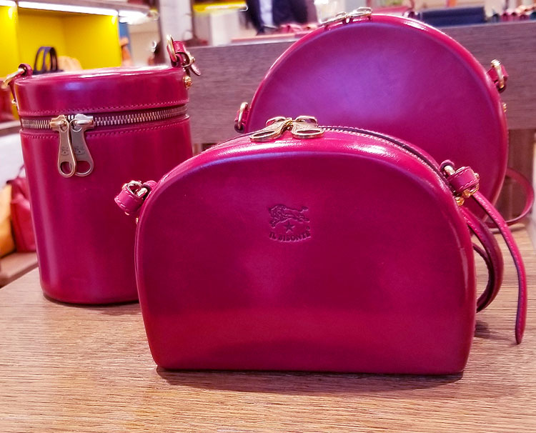 Il Bisonte Red Bags