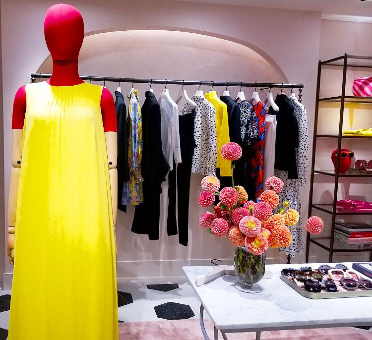 Shopping in the Carolina Herrera Boutique in Bergdorf