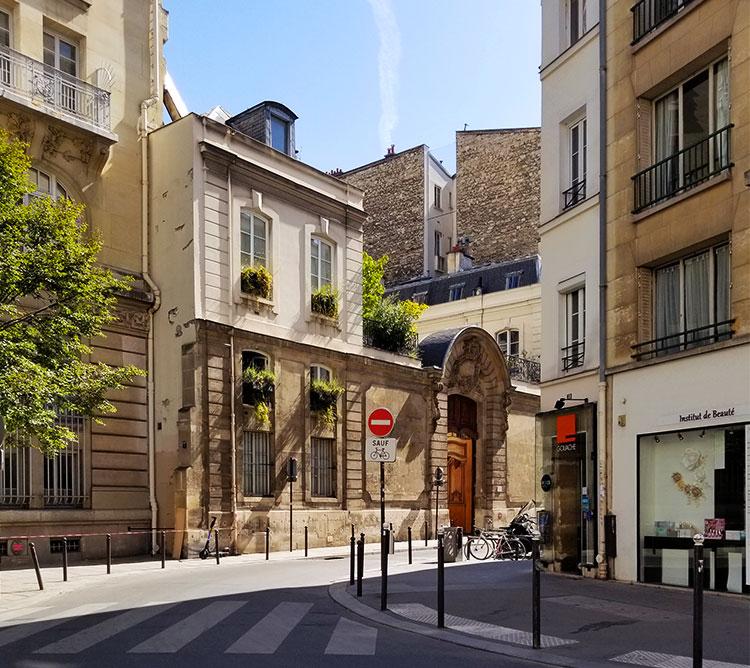 The Rue du Cherche-Midi Paris