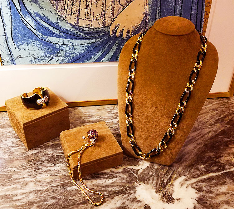 Vintage jewelry for sale on Madison Avenue