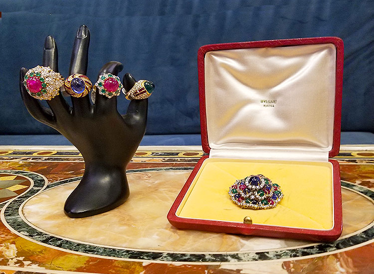 Vintage rings and broach for sale on Madison Avenue