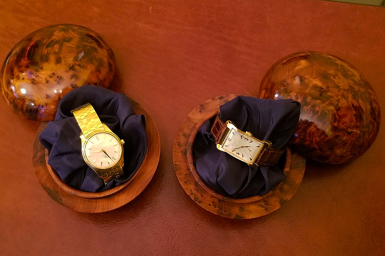 Patek Philipe watches for sale on Madison Avenue