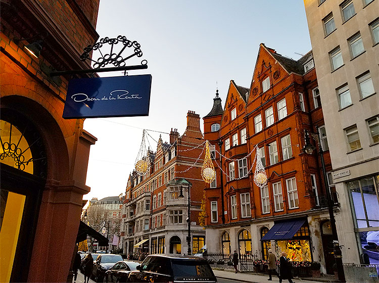 Clothing stores on Mount Street in London