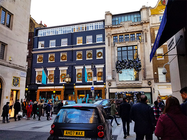 Bond Street decorated for Christmas