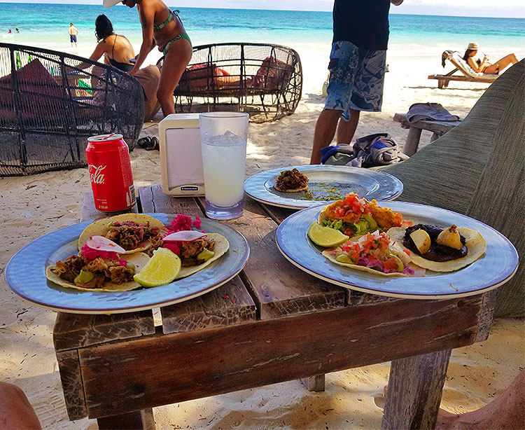Lunch at Mia in Tulum