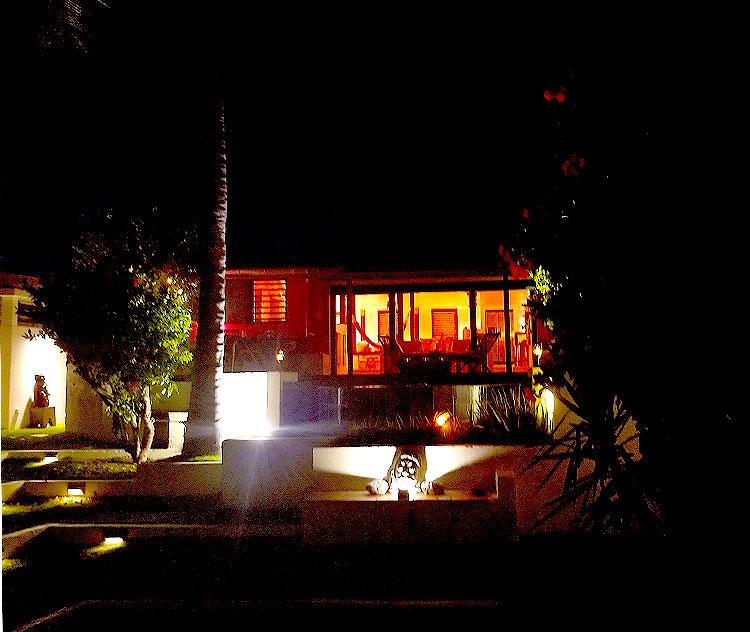 Lezard Palace on Anse de Cayes
