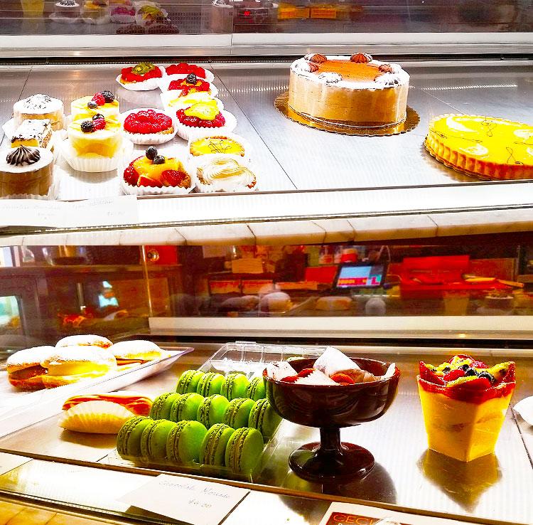 Cakes, Tarts amd Macarons.