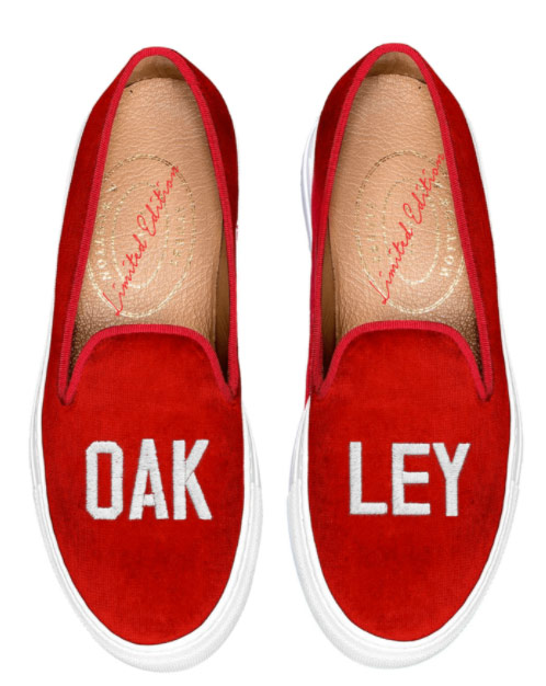 Red Sneakers for Oakliegh, INternational Red Sneakers Day. What to wear.